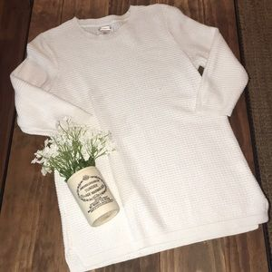 Croft and barrow white waffle sweater / 3/4 sleeve